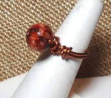 River Shell & Copper Ring